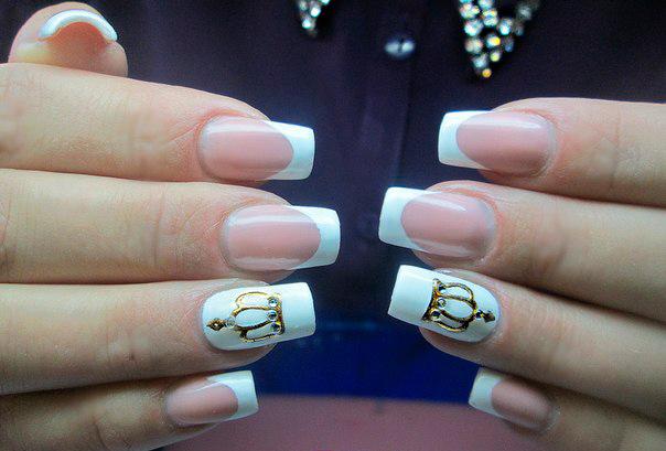 лак белый и розовый на ногтях фото