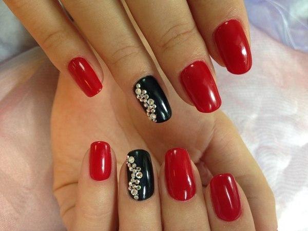Дизайн ногтей черно-красный фото