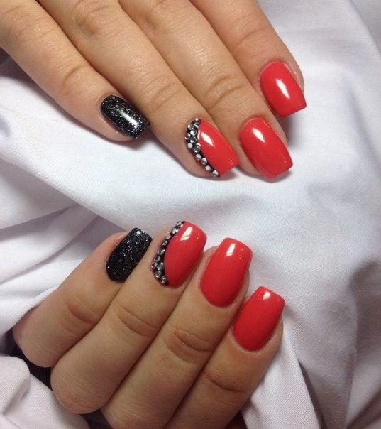 Дизайн ногтей  2018 красные с черным 58