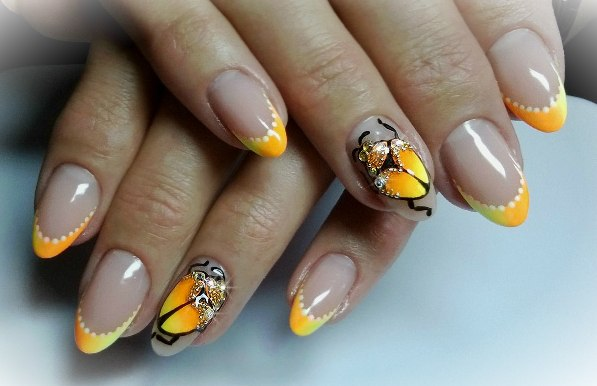 Дизайн ногтей лимонный