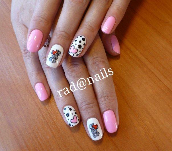 Маникюр с мишками на коротких ногтях