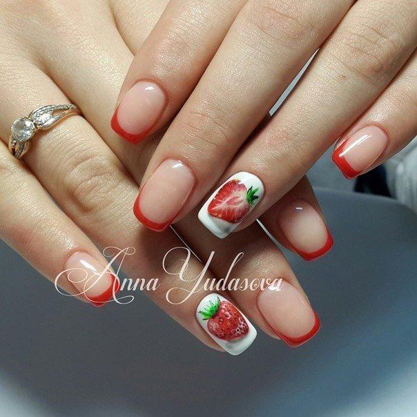 Дизайн клубника ногти