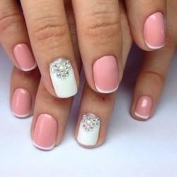 Бело-розовый френч фото