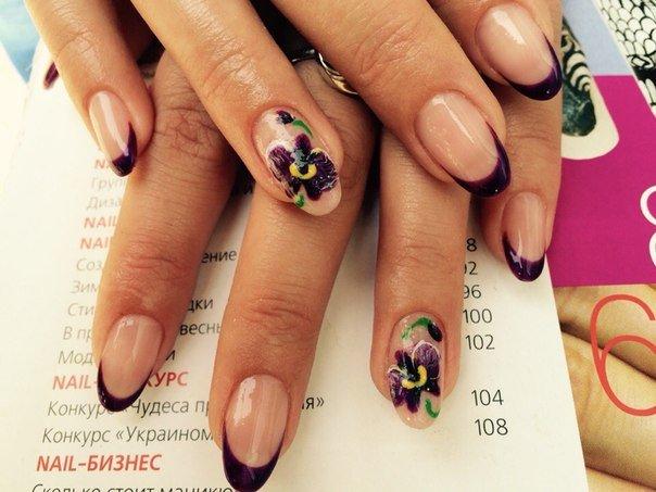 Дизайн ногтей френч с орхидеей 31