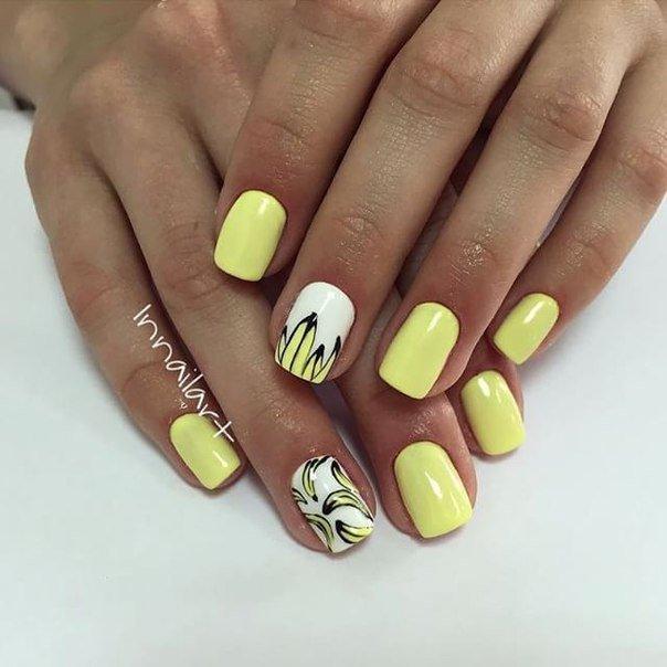Маникюр желтый шеллак