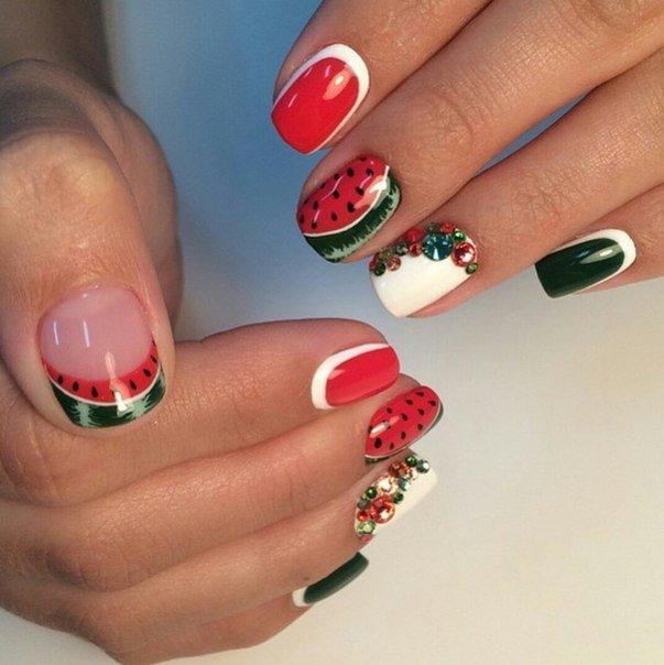 Модные рисунки на ногтях гель-лаком: фото и видео 67