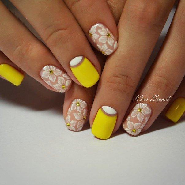 Желтый маникюр гель-лаком