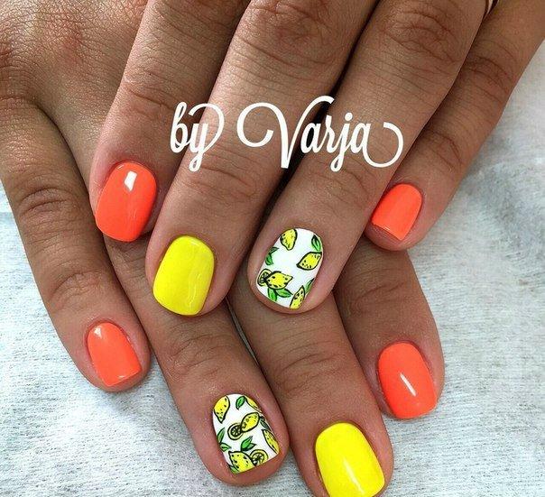 Дизайн ногтей лимон