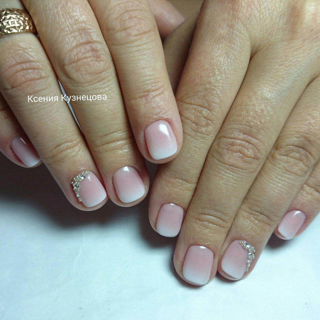 Нежный маникюр на нарощенные ногти фото
