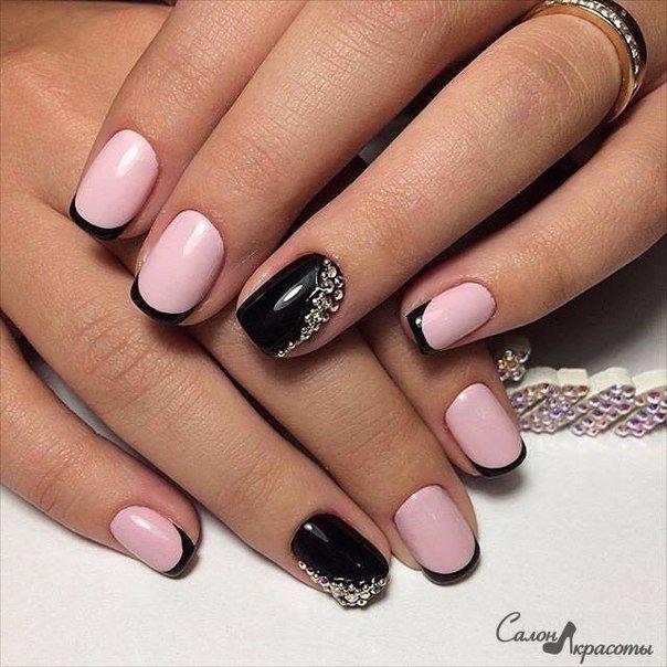 Ногти розовый с серебристым 79