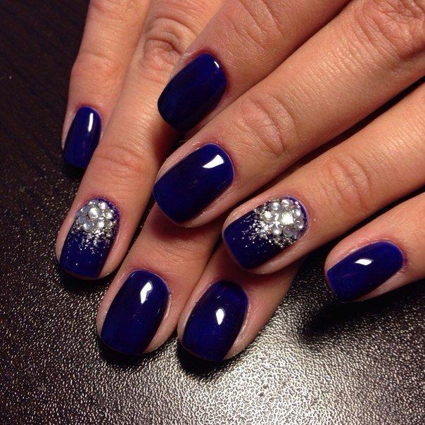 Дизайн ногтей темно синих