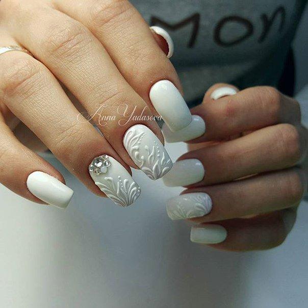 Фото нарощенных ногтей черно белый френч 5