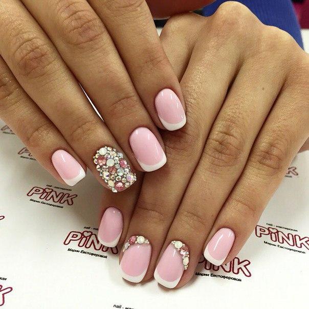 Ногти дизайн розовый с белым