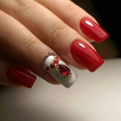 Красно-белые ногти фото