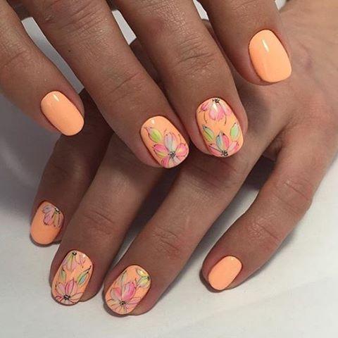 Маникюр оранжево-розовый