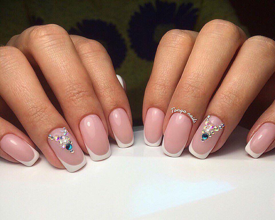 Идеи французского маникюра: хрустальные ногти, омбре Красивые идеи френча для маникюра