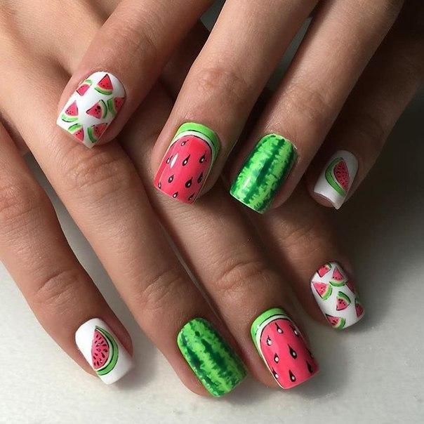 Как сделать лаком разводы на ногтях гель лаком