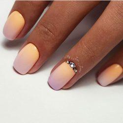 Маникюр омбре на коротких ногтях фото