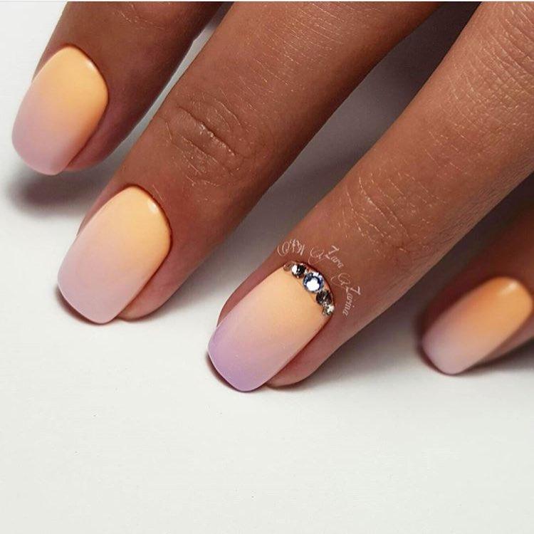 Ногти омбре с дизайном фото