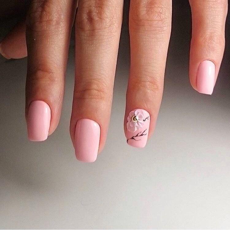 Маникюр на короткие ногти розового цвета