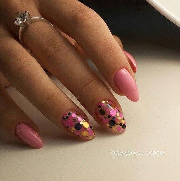 Как называются кругляшки для ногтей