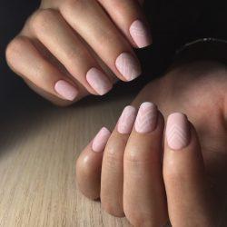 Геометрия на ногтях фото