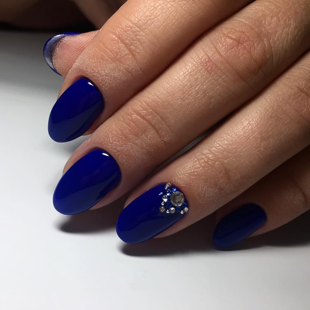 Маникюр синий цвет дизайн фото
