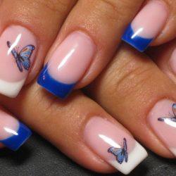 бело-синий френч на ногтях фото