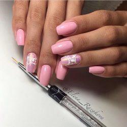 Маникюр с узорами на коротких ногтях фото