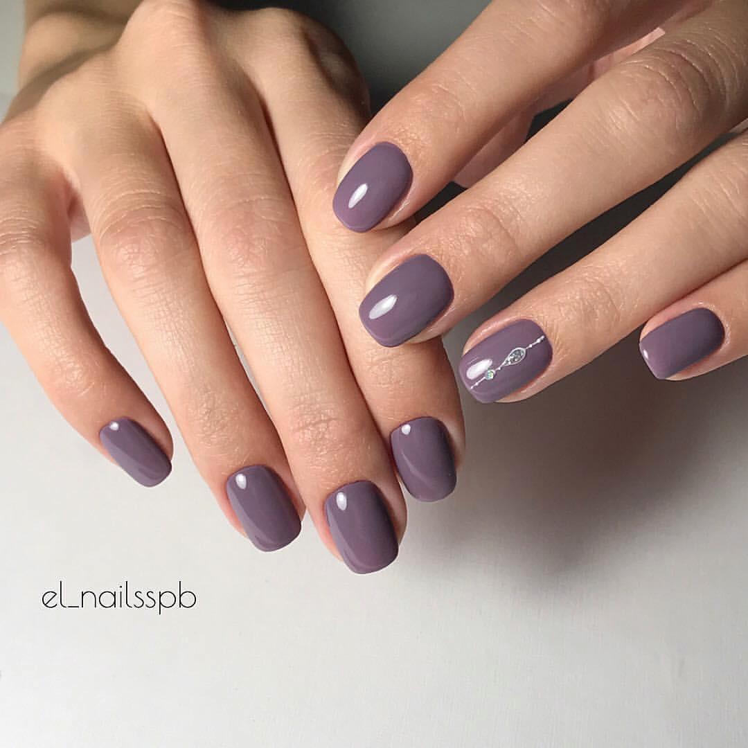 Модный шеллак на короткие ногти