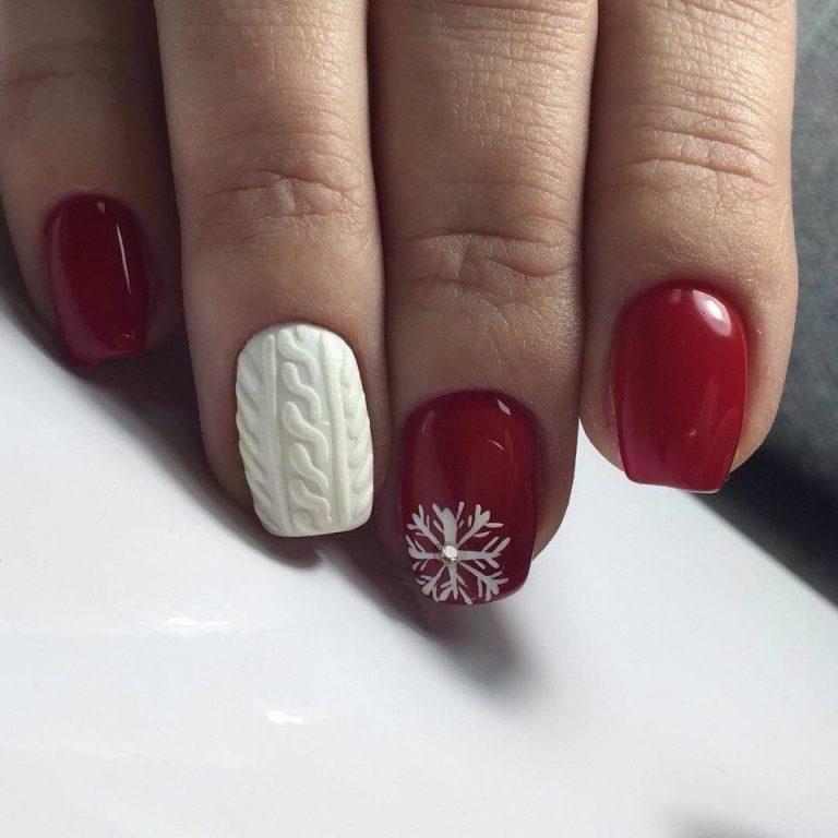 Зимний маникюр