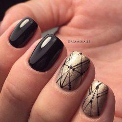 Зимний маникюр на короткие ногти фото
