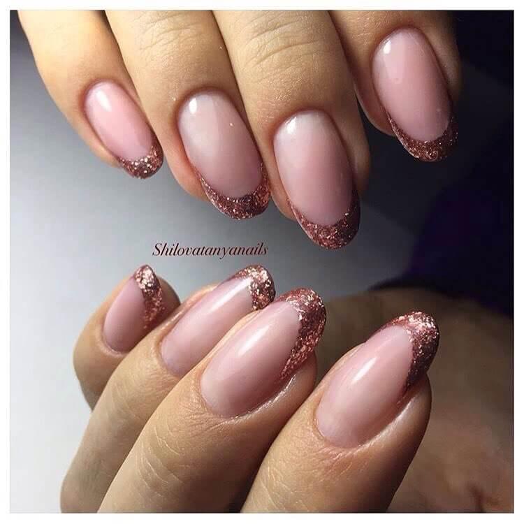 Дизайн натуральных ногтей: фото декора и украшений для 74