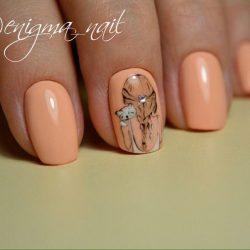 Однотонный дизайн ногтей фото