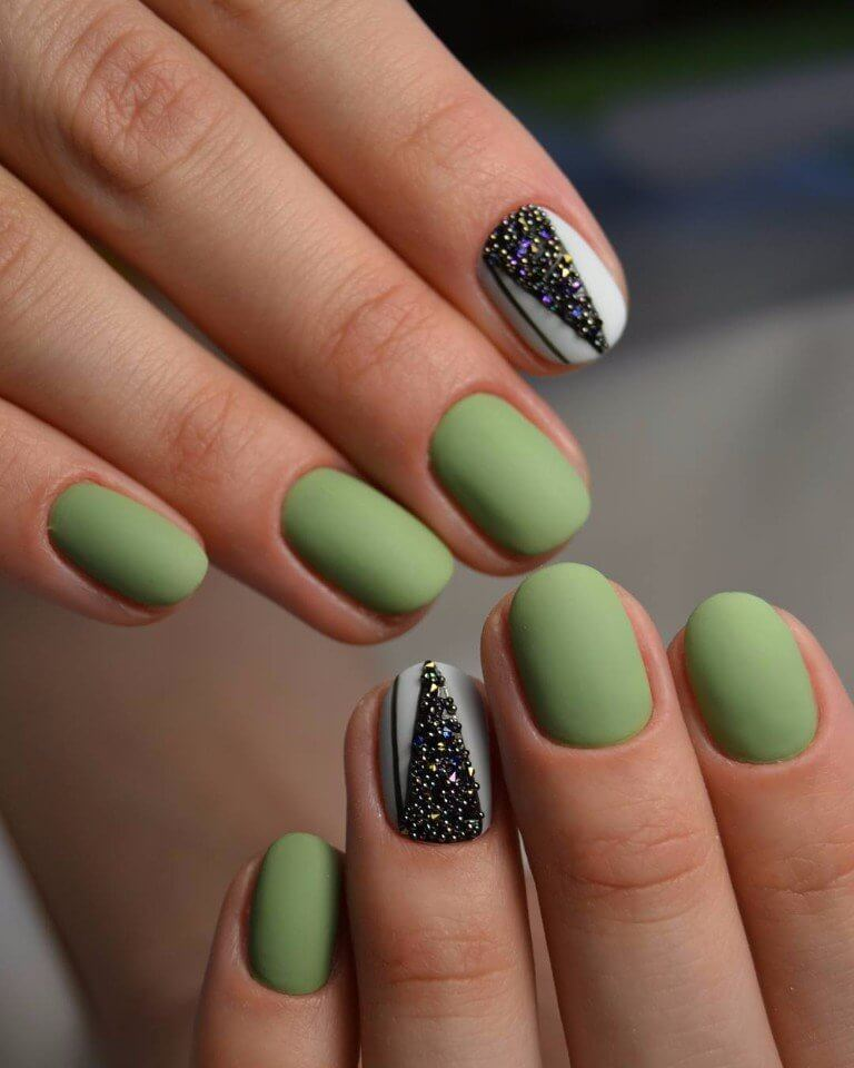 Ногти зеленый дизайн