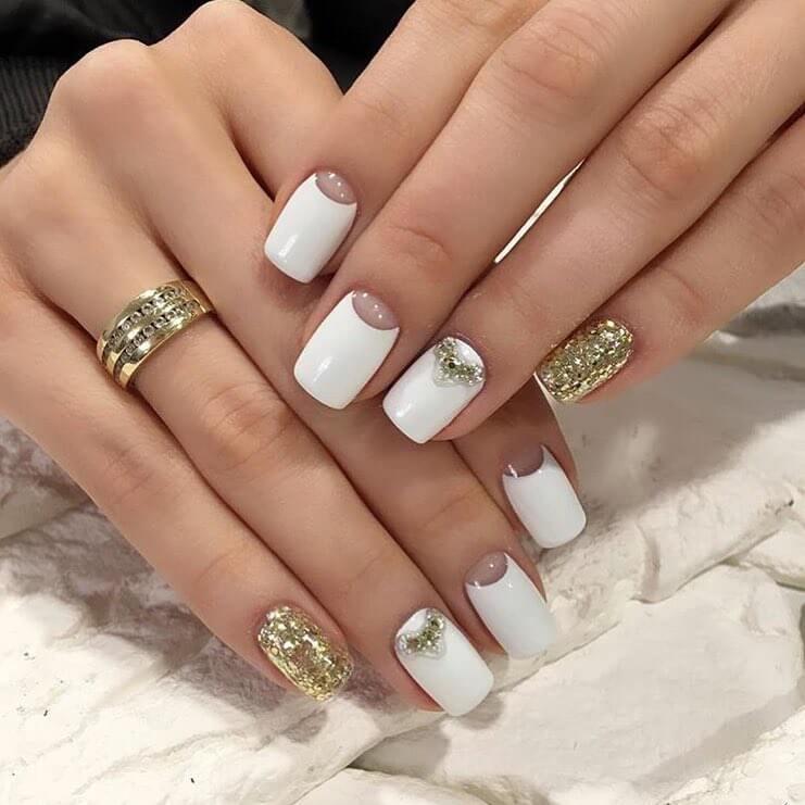 бело золотые ногти фото