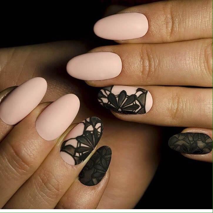 Ногти миндаль черные