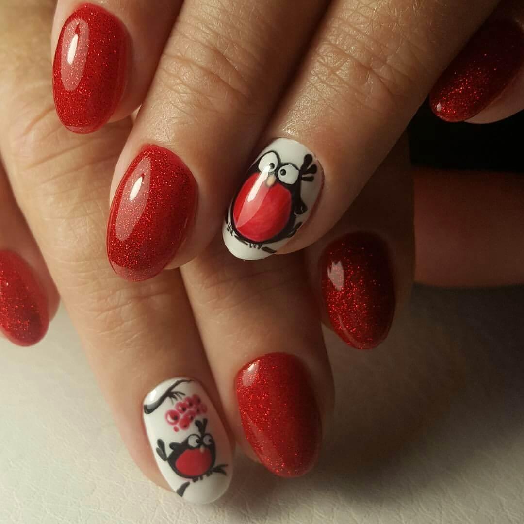 Фото красного маникюра на коротких ногтях с рисунком