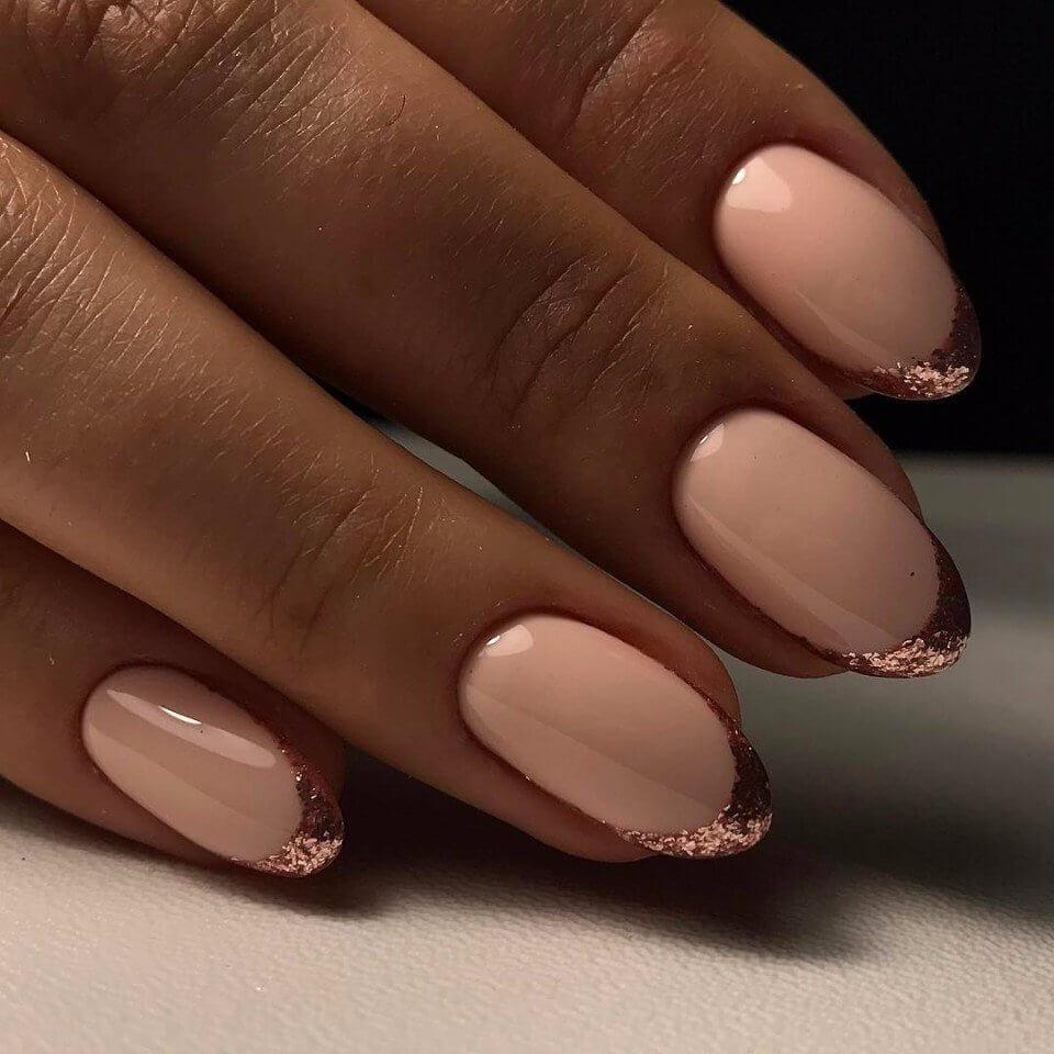 Ногти к платью цвета пудры