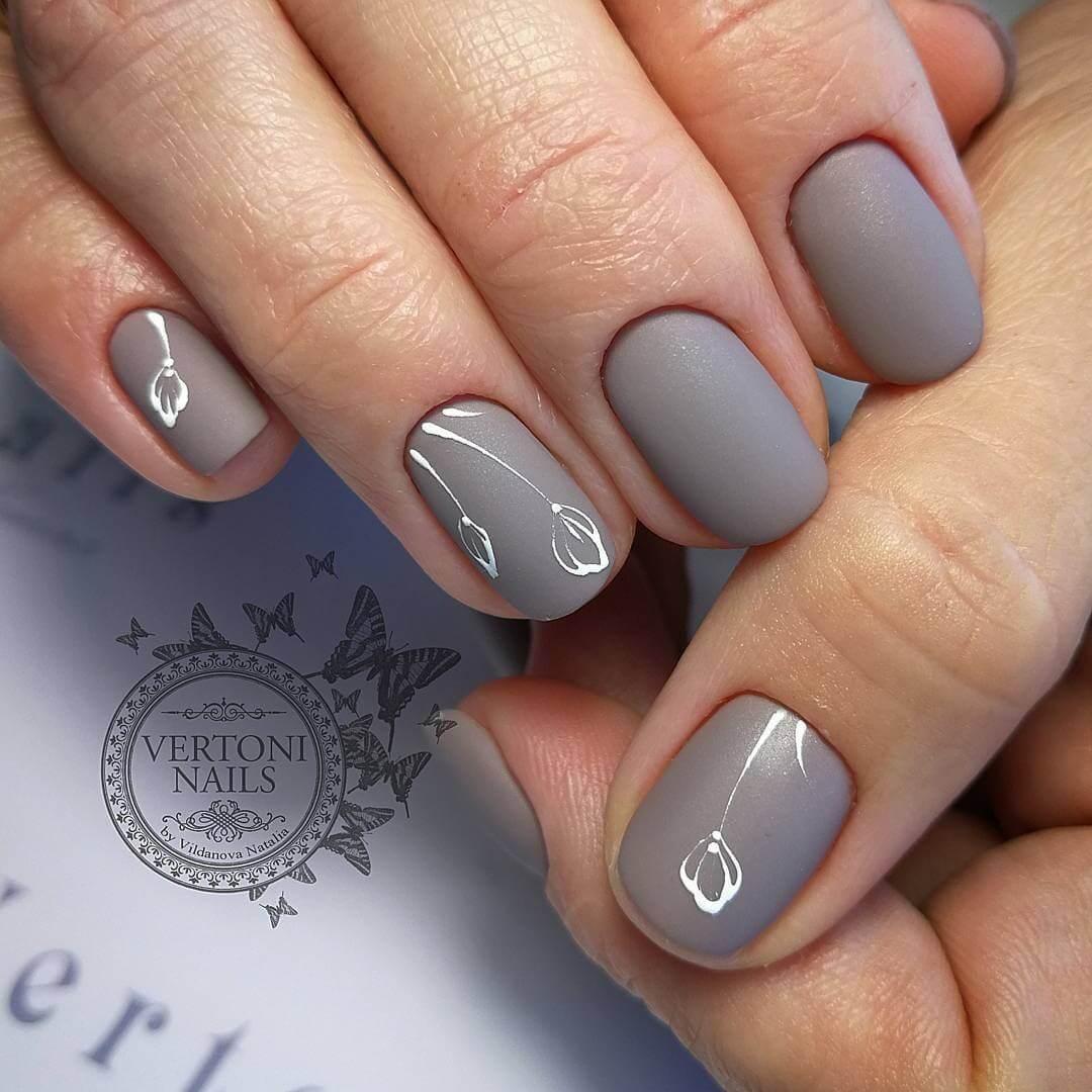 Дизайн ногтей на новый год 2019