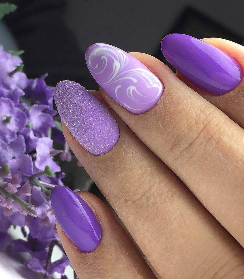 Ярко-фиолетовый маникюр