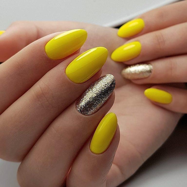 Желтый маникюр