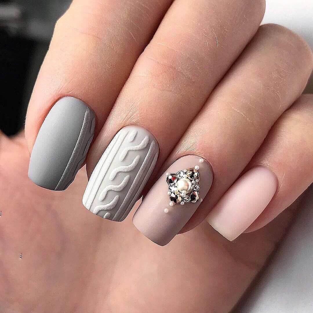 Серый маникюр - фото идей дизайна ногтей - Best Маникюр