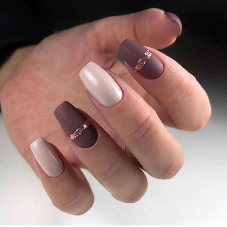 Многоцветные ногти